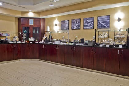 Restaurant | SpringHill Suites by Marriott Charlotte Airport