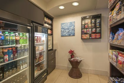 Snack Bar | SpringHill Suites by Marriott Charlotte Airport