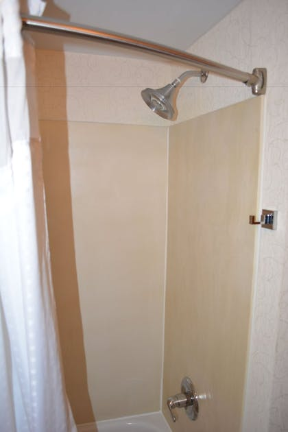 Bathroom Shower | Holiday Inn Express & Suites Lancaster