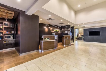 Lobby | Courtyard by Marriott Dallas DFW Airport South/Irving