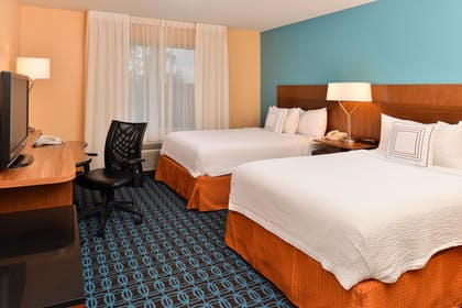 Room | Fairfield Inn & Suites by Marriott Cleveland Avon