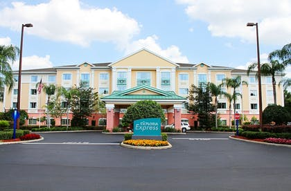 Featured Image   Exploria Express by Exploria Resorts