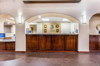 Lobby | Comfort Inn & Suites Airport-American Way