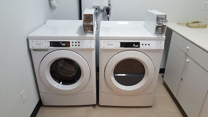 Laundry Room | Holiday Inn Express Hotel & Suites Waterford