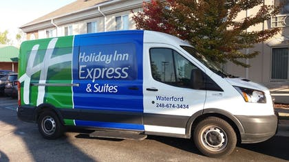 Hotel Interior | Holiday Inn Express Hotel & Suites Waterford