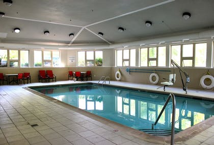 Pool | Holiday Inn Express Hotel & Suites Waterford
