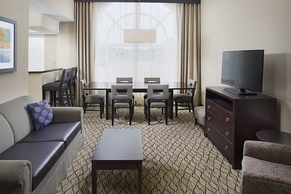 Guestroom | Holiday Inn Express Hotel & Suites Auburn - University Area