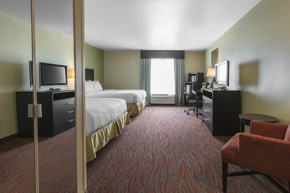 Room | Holiday Inn Express Hotel & Suites Cullman