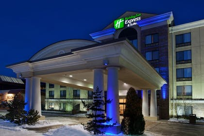 Featured Image | Holiday Inn Express Hotel & Suites Erie (Summit Township)