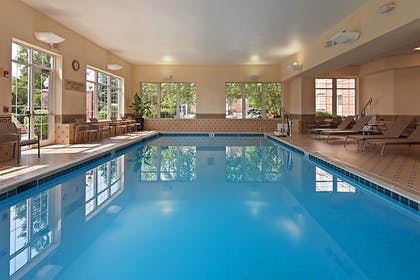 Indoor Pool | Chicago Marriott Midway