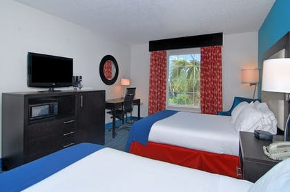 Guestroom | Holiday Inn Express Destin E - Commons Mall area