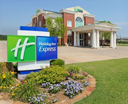 Featured Image | Holiday Inn Express Fort Smith