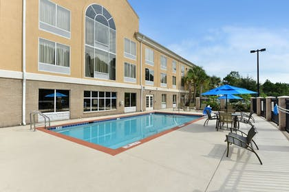 Pool | Holiday Inn Express Hotel & Suites Palm Coast