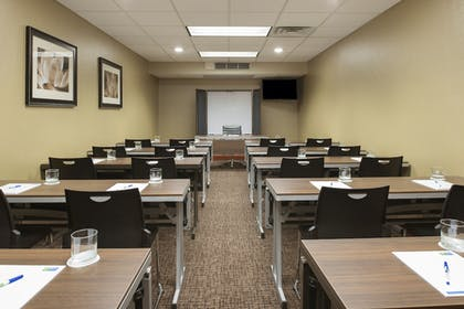 Meeting Facility | Holiday Inn Express Hotel & Suites Grand Rapids-North