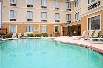 Pool | Holiday Inn Express Hotel & Suites Mount Pleasant