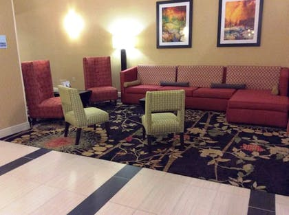 Interior | Holiday Inn Express & Suites Forest