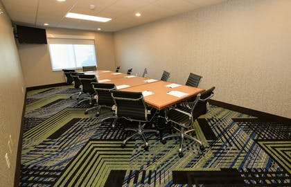 Meeting Facility | Holiday Inn Express Hotel & Suites Grand Forks