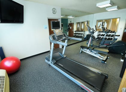 Fitness Facility | Holiday Inn Express Hotel & Suites Grand Forks