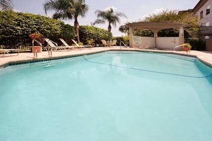 Pool | Holiday Inn Express Hotel & Suites Mission-McAllen Area