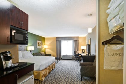 Guestroom | Holiday Inn Express Hotel & Suites Christiansburg