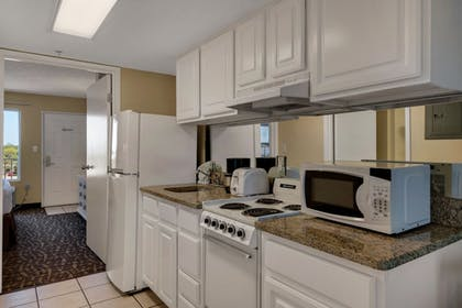 In-Room Kitchenette | Beachcomber By The Sea