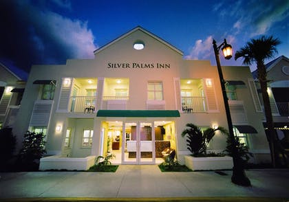 Featured Image | Silver Palms Inn