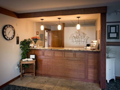Lobby | Casco Bay Inn