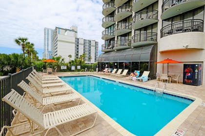 Outdoor Pool   Meridian Plaza by Beach Vacations