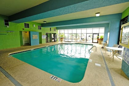 Indoor Pool   Meridian Plaza by Beach Vacations