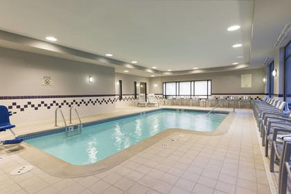 Pool | SpringHill Suites by Marriott Grand Rapids North