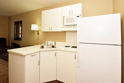 In-Room Kitchen |  | Extended Stay America Secaucus - Meadowlands