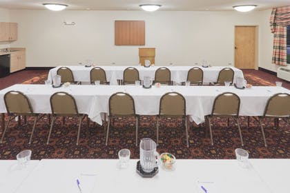 Meeting Facility | Holiday Inn Express & Suites Gillette