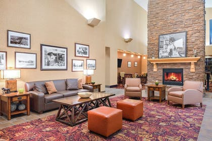 Lobby | Holiday Inn Express & Suites Gillette