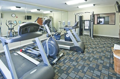 Fitness Facility | Holiday Inn Express Hotel & Suites Lake Charles