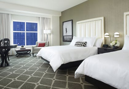 Guestroom | Hotel Commonwealth