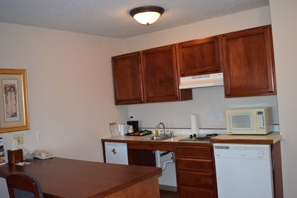 In-Room Kitchen | GrandStay Residential Suites - Madison East