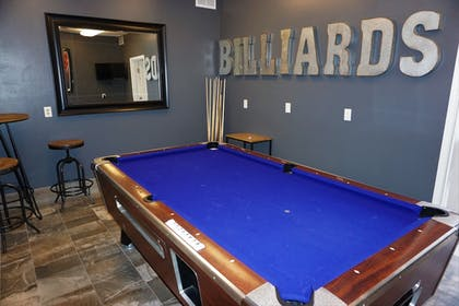 Billiards | River Hills Hotel