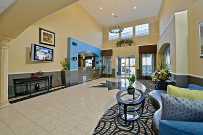 Lobby | Best Western Plus Cutting Horse Inn & Suites