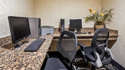 Business Center | Best Western Plus Cutting Horse Inn & Suites
