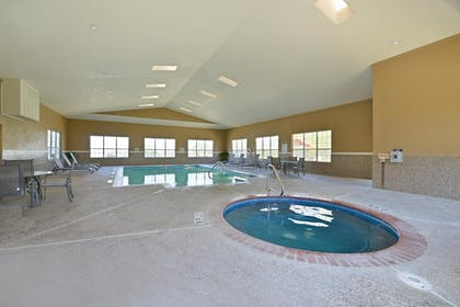 Pool | Best Western Plus Cutting Horse Inn & Suites