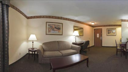 Living Area | Holiday Inn Express Hotel & Suites Watertown