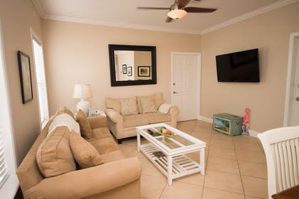 Living Area | Haley's Couples Retreat