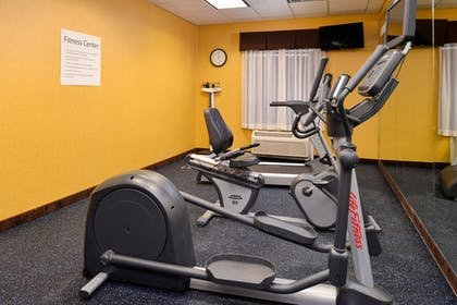 Fitness Facility | Holiday Inn Express & Suites White Haven - Poconos