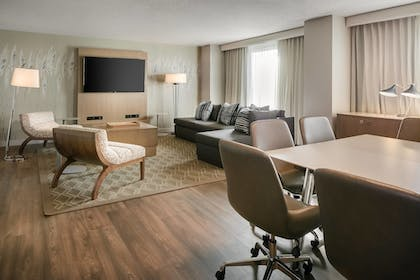 | Suite | Sheraton Overland Park Hotel at the Convention Center