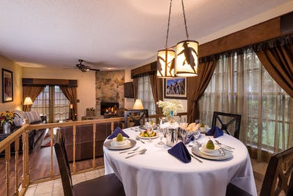In-Room Dining | Westgate River Ranch Resort & Rodeo