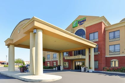 Exterior | Holiday Inn Express Hotel & Suites Bessemer
