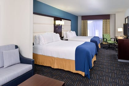 Room | Holiday Inn Express Hotel & Suites Bessemer