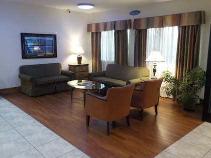 Lobby | SureStay Plus by Best Western Louisville Airport Expo
