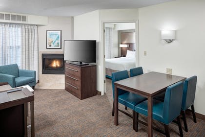   Suite, 2 Bedrooms   Residence Inn by Marriott Kansas City Country Club Plaza