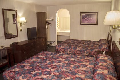 Guestroom | Ranch Inn